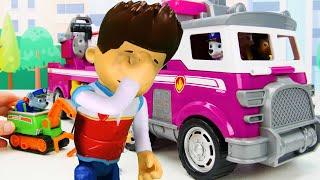 Paw Patrol अंतिम बचाव वाहनों के साथ बच्चों के लिए खिलौना सीखना वीडियो!
