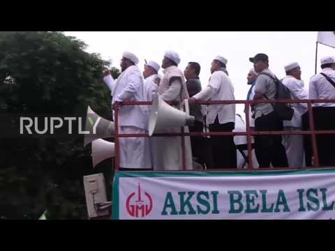 Indonesia: Thousands march through Jakarta against Governor Ahok