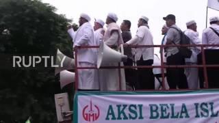 Video Indonesia: Thousands march through Jakarta against Governor Ahok download MP3, 3GP, MP4, WEBM, AVI, FLV Oktober 2017