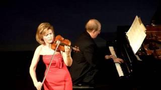 "Anne-Sophie Mutter ""Ave Maria"" (Bach/Gounod) @ Théâtre Marigny (Paris)"