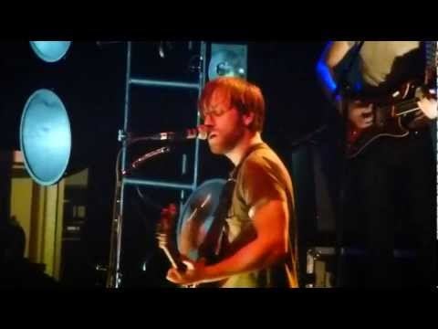 The Black Keys - CHOP AND CHANGE @ Madison Square Garden NYC (HD)