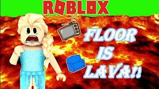 👑❄ELSA PLAYS THE FLOOR IS LAVA WITHOUT HER POWERS!!! -Roblox Roleplay