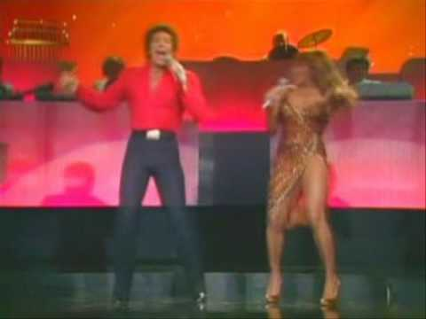 1977 TOM JONES & TINA TURNER HOT LEGS