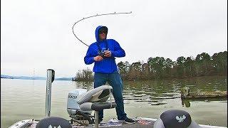 Lake GUNTERSVILLE Pre BASSMASTER Classic Bass Fishing Cold Conditions