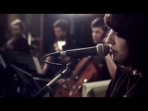 "Daughter - ""Youth"" (Live @ Air Studios)"