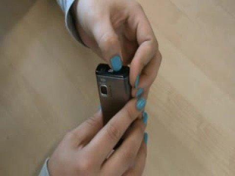 Nokia 6500 Slide - remove back cover
