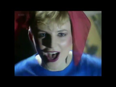 Altered Images - Happy Birthday (TOTP 1981 HD)