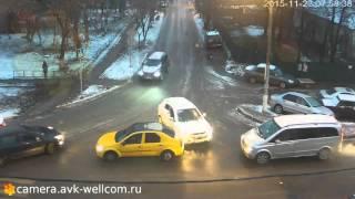 Скачать Авария г Котельники мкр Белая Дача д 3 23 11 2015