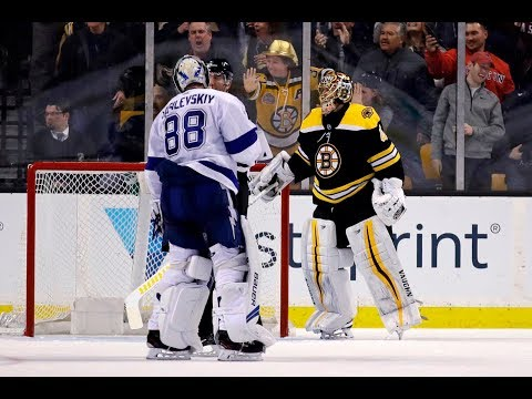 Boston Bruins hold on for 4-2 win over Tampa Bay Lightning, take over first place in Eastern Conference