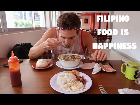 FILIPINO SOUP IS AMAZING! (Batchoy and Life In The Philippines)