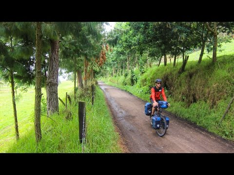Bicycle Touring in Colombia: Big Mountains & Barking Dogs - EP. #168