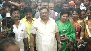 M.K. Alagiri attends Mannan's daughter Marriage I மதுரையில் மாஸ் கட்டிய மு.க.அழகிரி