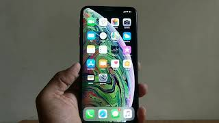 iPhone XS Max Review : 8 areas where it STANDS OUT and 4 BIG reasons NOT to buy it. #iPhoneXSMax #