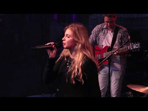 No Roots (Alice Merton Live Cover)
