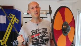 Warhammers, maces & axes - why no hand guards?
