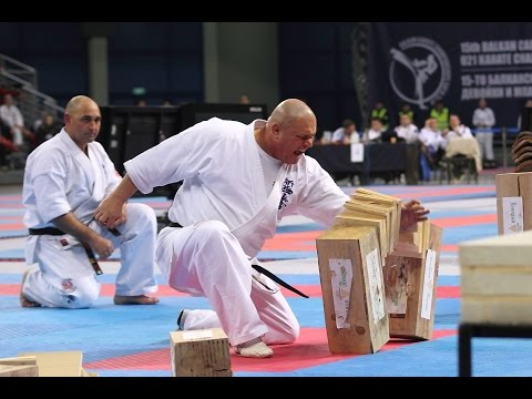 Shinkyokushinkai - Bulgaria, demonstration
