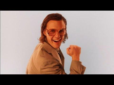 Смотреть клип Cody Lovaas - Make More Sense