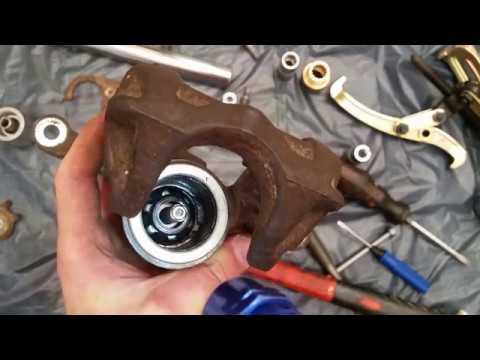 Переборка заднего тормозного суппорта Lucas/Trw (Brake Caliper Rebuild Lucas/Trw)