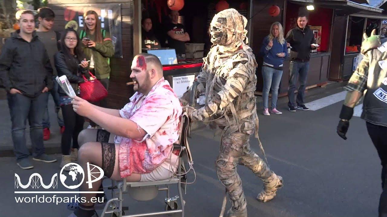 halloween horror fest 2015 movie park germany aufmarsch der monster hhf movie park youtube. Black Bedroom Furniture Sets. Home Design Ideas