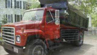 1984 International S1900 DT466 10 Foot Dump Truck