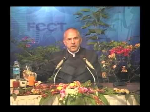 H.E. Dr. Jose Ramos-Horta at the FCCT with an introduction by Uwe Morawetz, 2007