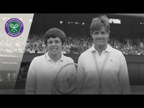 Billie Jean King vs Margaret Court: Wimbledon Final 1970 (Extended Highlights)