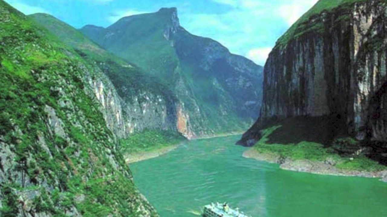 the three gorges dam case study essay Pertinent facts about the construction of the three gorges dam in china.