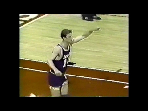 Jerry Sichting (23pts/4asts) vs. Bulls (1985)