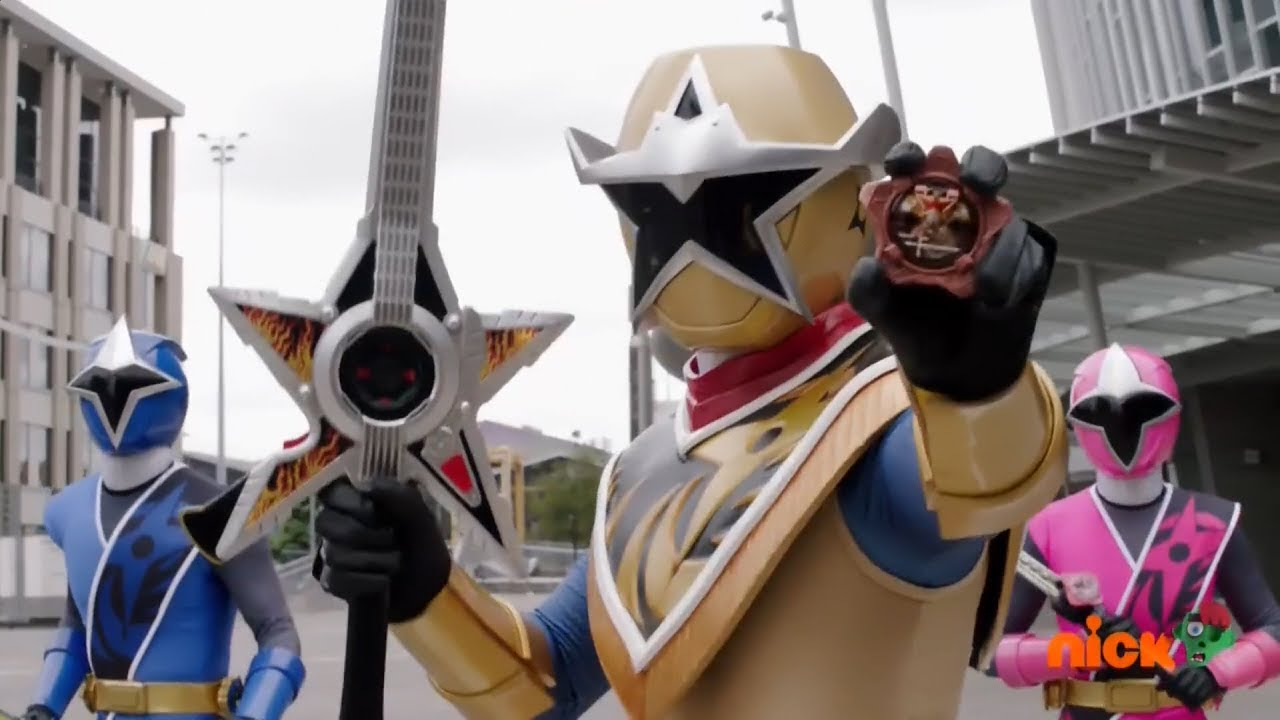 Gold Ranger To The Rescue Power Rangers Ninja Steel