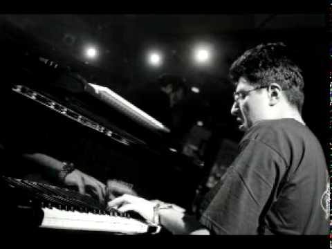 Giorgi Mikadze Jazz Quartet -  Change The World