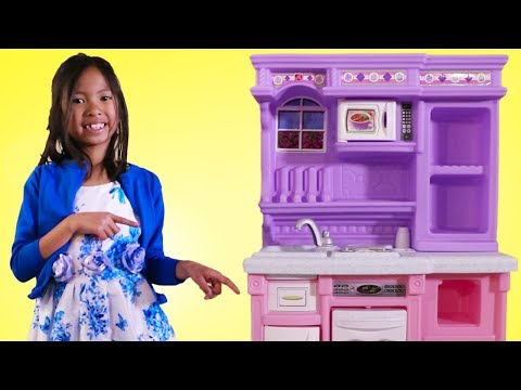 Wendy Pretend Play with Purple Kitchen Toy
