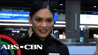 Bandila: Pia Wurtzbach does signature walk in Vegas airport