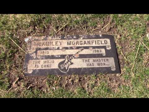 Muddy Waters Grave - Restvale Cemetery - Alsip, Illinois