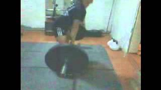 Тяжелая атлетика. Тренировки в Чермошнянке.