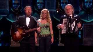 Benny Andersson & Björn Ulvaeus perform at the 2014 Olivier Awards.