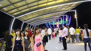 Repeat youtube video Ca sĩ Nguyên Lộc quản lý Hoài Linh đến cầu đi bộ đầu tiên tại Cần Thơ