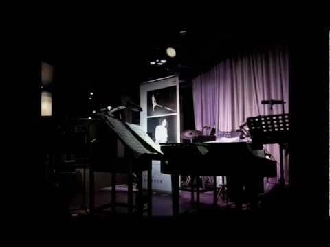 Don't Know Why by Olivia Ong (Live version)