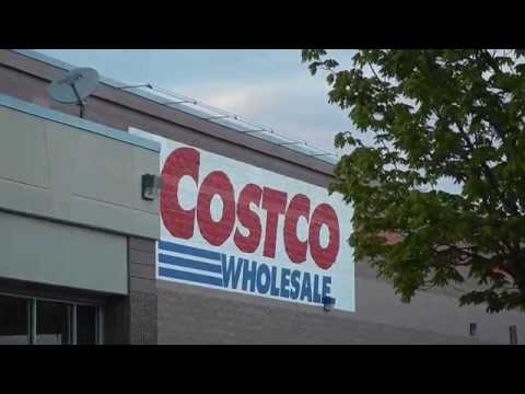 Horse and Buggy Parking at Costco in Lancaster - Pennsylvani