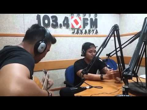 Barsena Besthandi - Back At One (Brian McKnight Live Performance At Radio Djakarta)