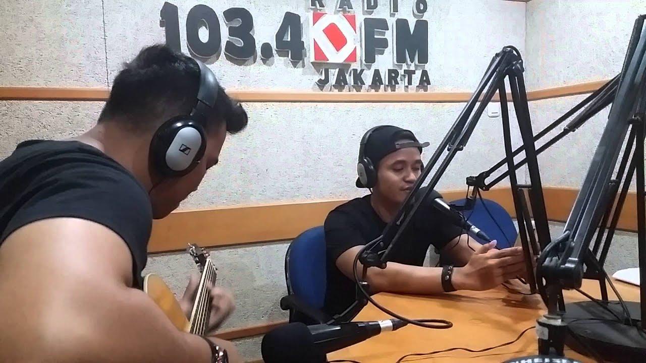 Barsena Besthandi - Back at One (Brian McKnight Live Performance at Radio Djakarta)