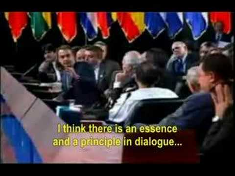 Spanish King tells Hugo Chavez to shut up (English)
