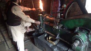 diesel-engine-old-black-engine-20-hp-kala-engine-start-up