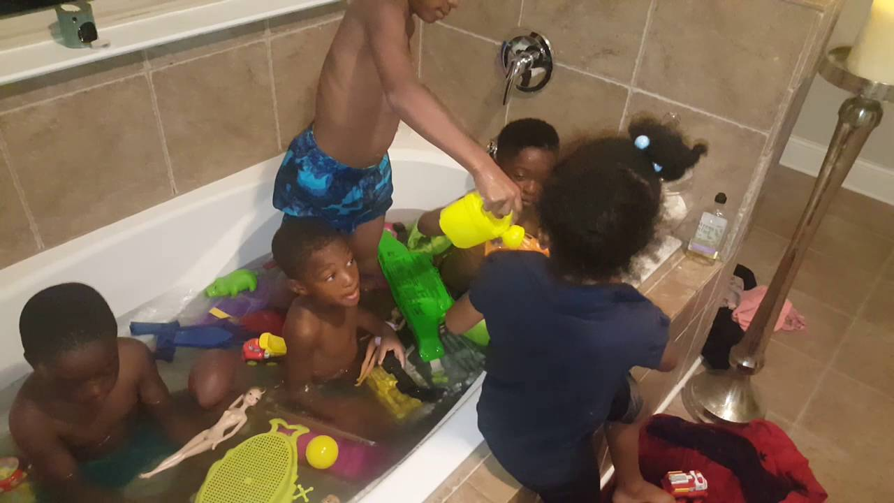 Pool party in the jacuzzi tub. Lol. - YouTube