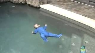 Smart Baby Accidentally Falls in Swimming Pool