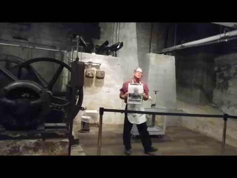 Flour explosion demo at Mill City Museum