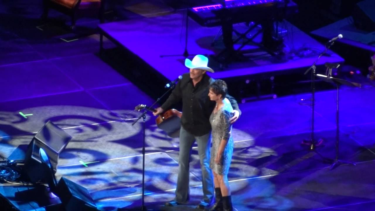 Alan jackson he stopped loving her