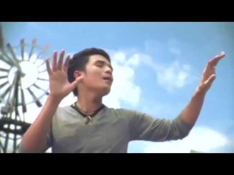 สมองหมา ปัญญาควาย - กล้วย แสตมป์【OFFICIAL MV】
