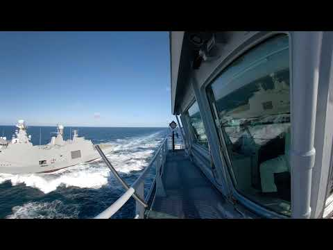 HDMS Absalon, RFA Tidespring RAS approach