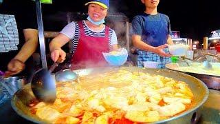 SPICY HOT POT of DOOM!! Street Food in Taiwan's BIGGEST Night Market   Taiwanese Street Food