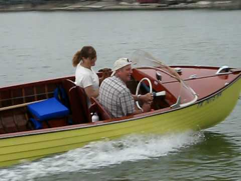 1957 Cruisers, Inc. Mariner model 100 Sea Trial Eagle Mountain Lake Video 8